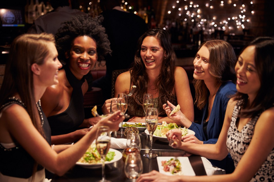 5 activities to practice spanish in buenos aires dinner with friends